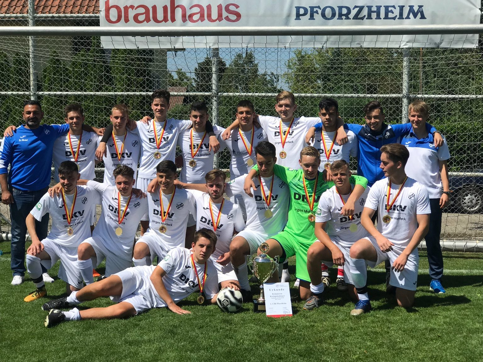 B1-Junioren gewinnen Kreispokal